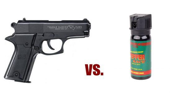 Schreckschusswaffe oder Pfefferspray zur Selbstverteidigung - was ist besser?